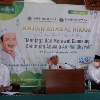 Hadirkan KH. Ahmad Nadhif Abdul Mujib Tayu Pati, UPT Pusat Studi Aswaja adakan Kajian Kitab Hikam