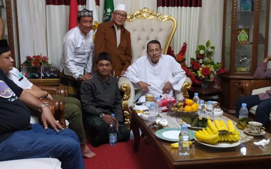 Silaturahmi Kepada Habib Luthfi bersama Rektor UNISNU Jepara dalam Penentuan Tanggal kedatangan Habib Luthfi di UNISNU Jepara