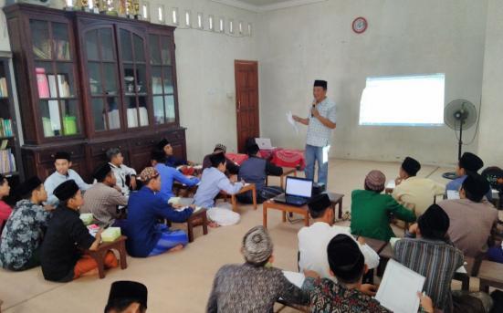 Pendampingan dan pelatihan Kewirausahaan, Internet marketing, dan Advertising di Pondok Pesantren Darussalam Saripan Jepara 1