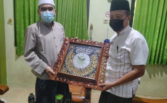 Tim Pengkaji UPT PSA Lakukan Penelitian Tipologi Pesantren (Ma'had) Mahasiswa di PP Al-Anwar 3 Sarang Rembang (11/2/21)